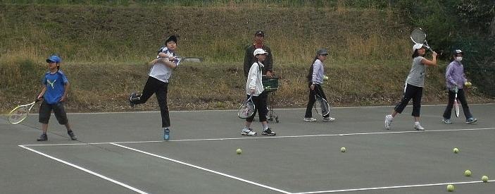 15.4.22テニス �@ (2).jpg